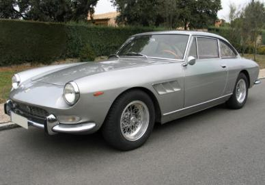 Ferrari 330 GT 2+2 Guide, History and Timeline from ClicCars.co.uk