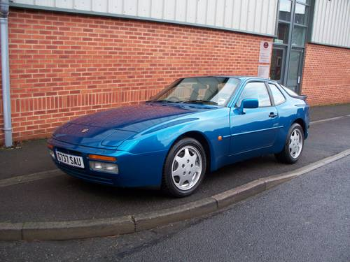 Porsche 944 Guide History And Timeline From Classiccars Co Uk