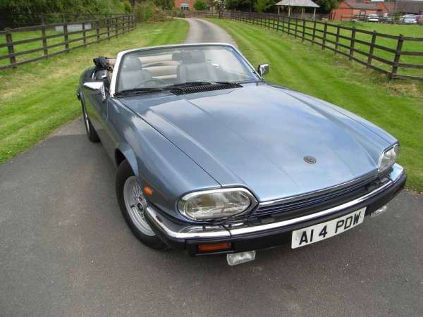 Jaguar XJ-S Guide, History and Timeline from ClassicCars.co.uk   600 x 450 jpeg 34kB
