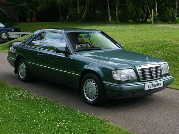 Mercedes benz e guide history and timeline from for Mercedes benz car history