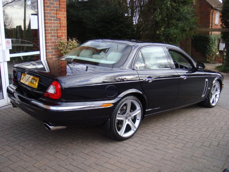 Jaguar XJR 2006