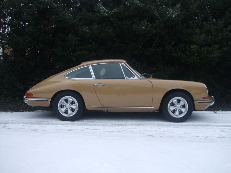 Porsche 911 S (1966) - Ref: 1637 from classiccars.co.uk